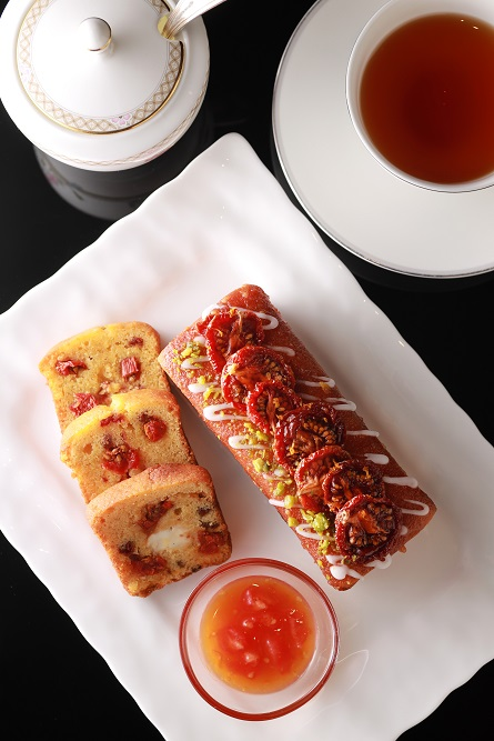 トマトとクリームチーズのパウンドケーキ